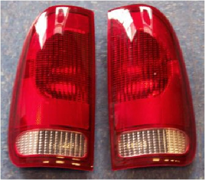 99-07 Super Duty 2Pc Tail Light Set