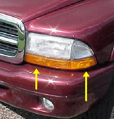 97-04 Dakota 98-03 Durango Left Park Light Assembly