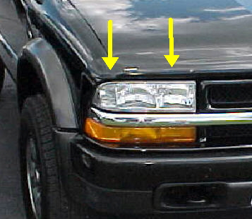98-04 S-Series Left Head Light Assembly
