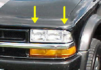 98-04 S-Series Right Head Light Assembly
