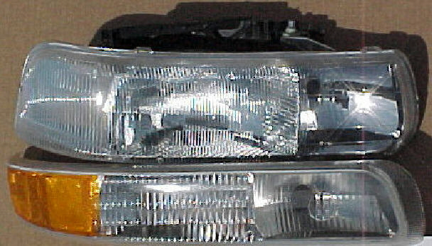 99-02 Chevy Truck Right 2Pc Head Light Kit