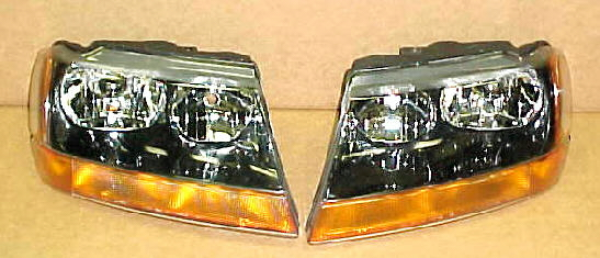 99-04 Jeep Grand Cherokee Laredo Head Light Set