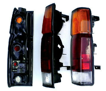 86-97 Nissan Hardbody Tail Light Set